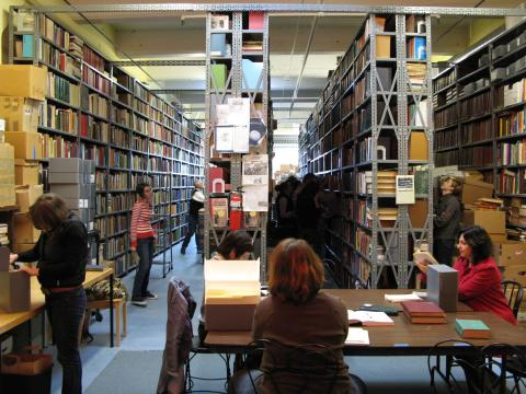 Inside the Prelinger Library
