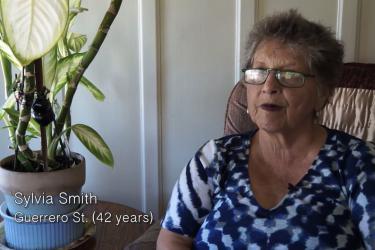 Holding Out / Sylvia Smith